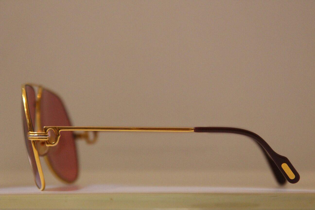 fa79ca12f للبيع نظارة كارتير موديل الثمانينات بحالة الجديدة نوع ( لويس ) مقاس 62/14  لون ذهبي عدسات وردي.